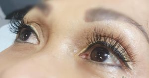 lashes staggered 1
