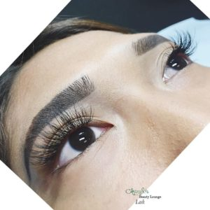 lashes staggered 2